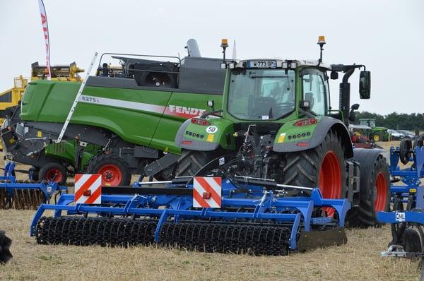 tracteur fendt déchaumeur matériel agricole