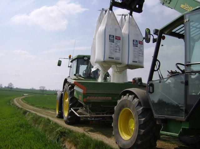 Premier apport d'azote sur le blé : la précision s'impose !
